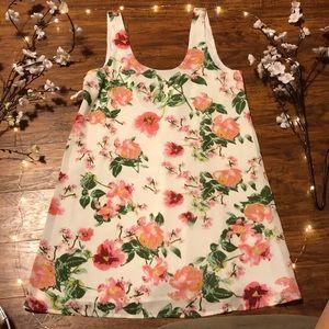 NWOT Tobi Floral Dress